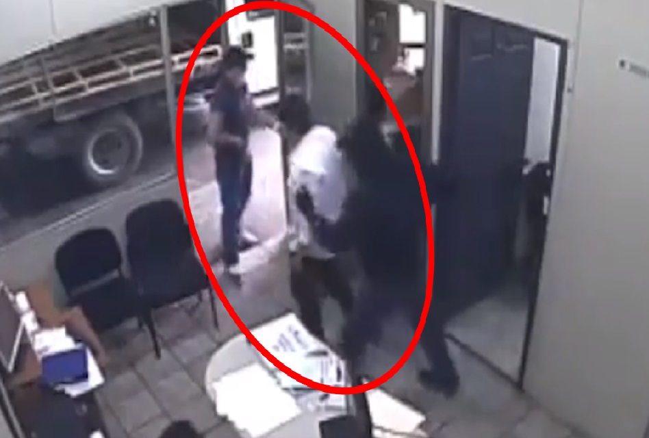 """Captan en video el momento del secuestro del amigo de """"El Bronco"""""""