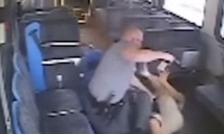 Video capta el momento en que mexicano es abatido en autobús por la Policía de Oklahoma
