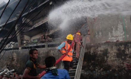 Incendio en fábrica de Bangladesh provoca 24 muertes
