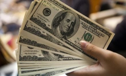 Dólar toca máximo histórico de 22 pesos