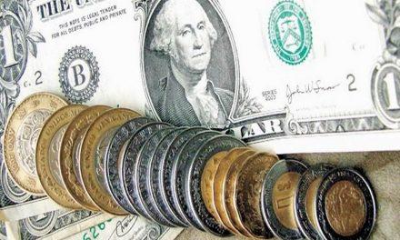 Dólar da un breve respiro al peso