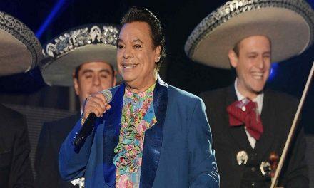 Miles cantan para Juan Gabriel en Bellas Artes