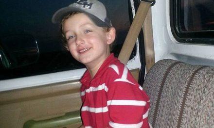 Niño autista fallece en tiroteo policiaco en EEUU