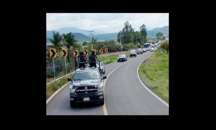 Policías emboscados en Michoacán