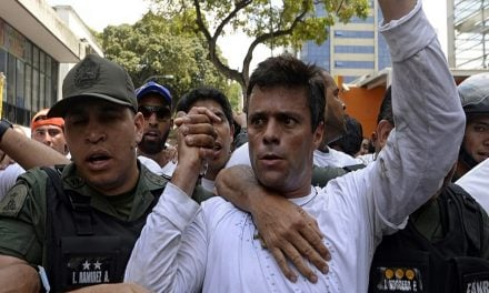 Leopoldo López, acusado por 43 muertes