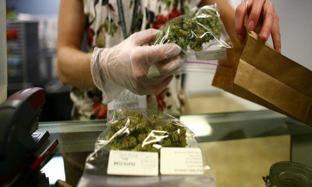 California podría permitir el consumo recreativo de marihuana