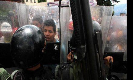 Dos heridos y un policía muerto en manifestación de Venezuela