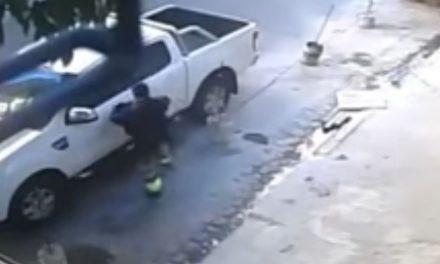 VIDEO   Se defiende a tiros de un asaltante