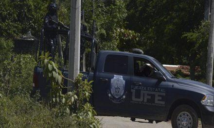 Autodefensas y narcos intercambian secuestrados