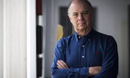 """""""Urgente que jóvenes participen en política"""", Enrique Krauze"""