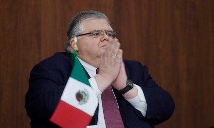 """""""Trump puede ser una película de terror para México"""", Carstens"""