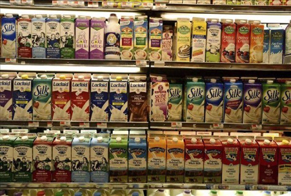 SAT desmiente impuesto en lácteos