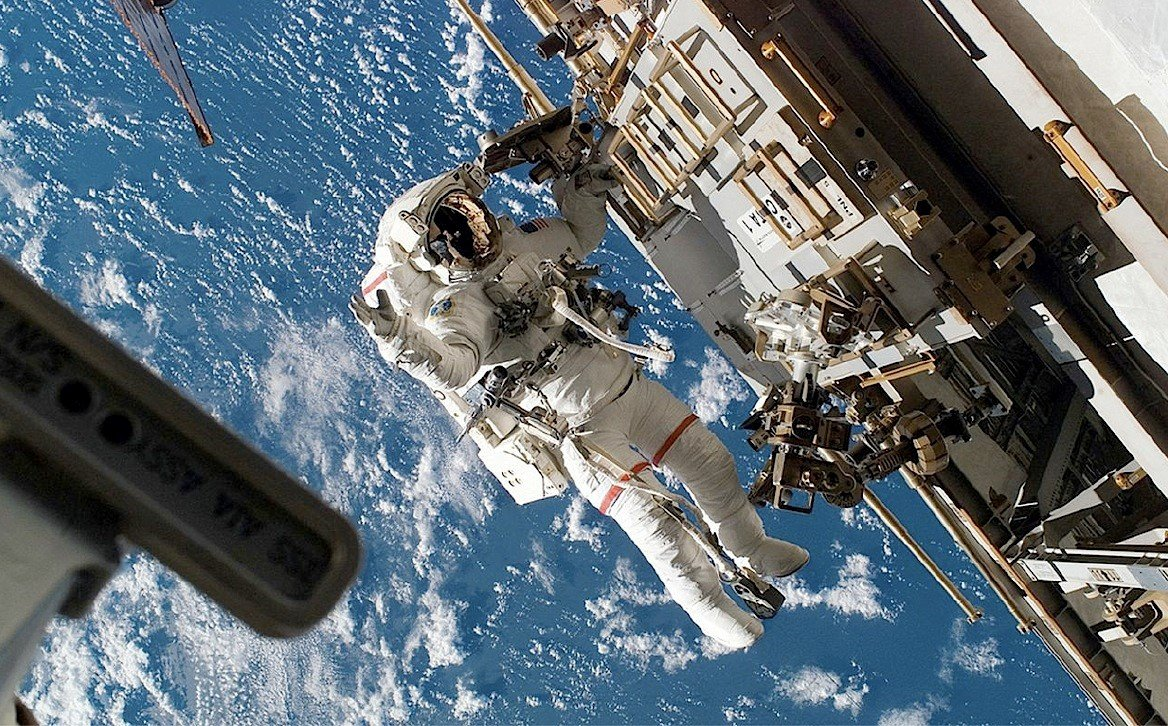 Imagen: Por sus dimensiones, la Estación Espacial Internacional es muy vulnerable ante los impactos