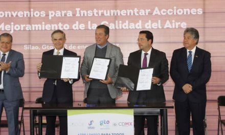 Se da firma de convenio de CDMX para compartir software del sistema de verificación vehicular con Guanajuato