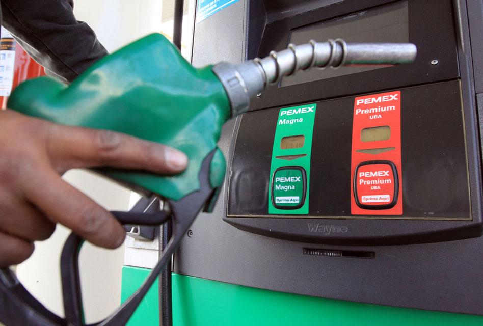 Trajo Pemex gasolina de baja calidad, por Harvey