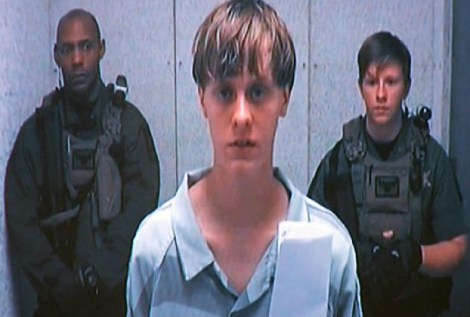 Sentencian a muerte a Dylann Roof por masacre racista en iglesia de Charleston