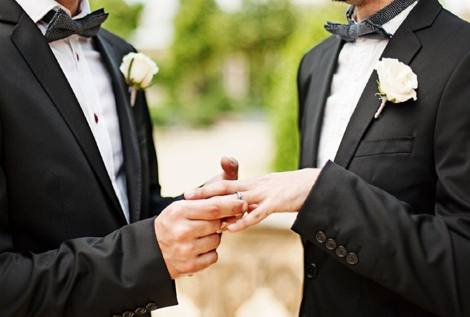Aprueban matrimonio civil entre personas del mismo sexo en Constitución de CDMX