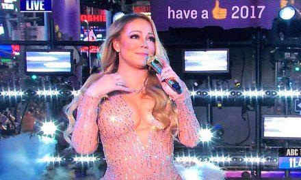 """¡UPS! Mariah Carey olvidó hacer bien el """"playback"""" y mejor se puso a platicar"""