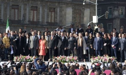 Celebra Jefe de Gobierno en Zócalo capitalino publicación de primera Constitución de CDMX