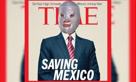 Valiendo Mother y llamando al Santo (Saving México)