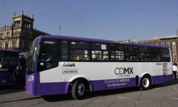 Sustituyen autobuses de última generación a 627 microbuses en CDMX
