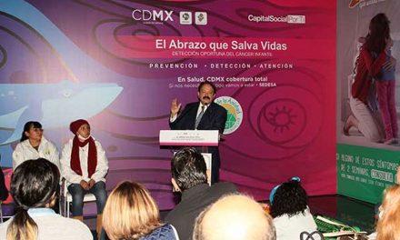 """Inicia en CDMX campaña """"El abrazo que salva vidas"""" contra el cáncer infantil"""