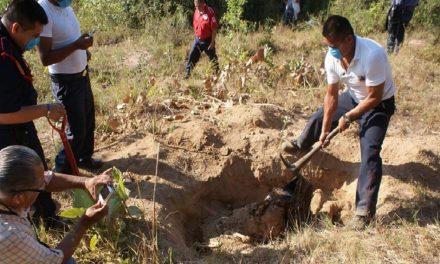 Encuentran la mayor fosa clandestina en Veracruz con restos de 250 personas