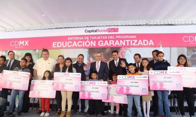 "Beneficiará programa ""Educación Garantizada"" a 10 mil estudiantes en CDMX"