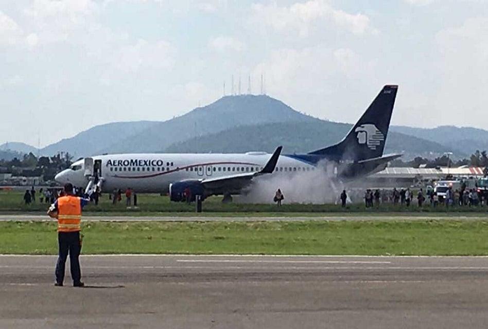 Evacuan vuelo de Aeroméxico por explosión de neumático