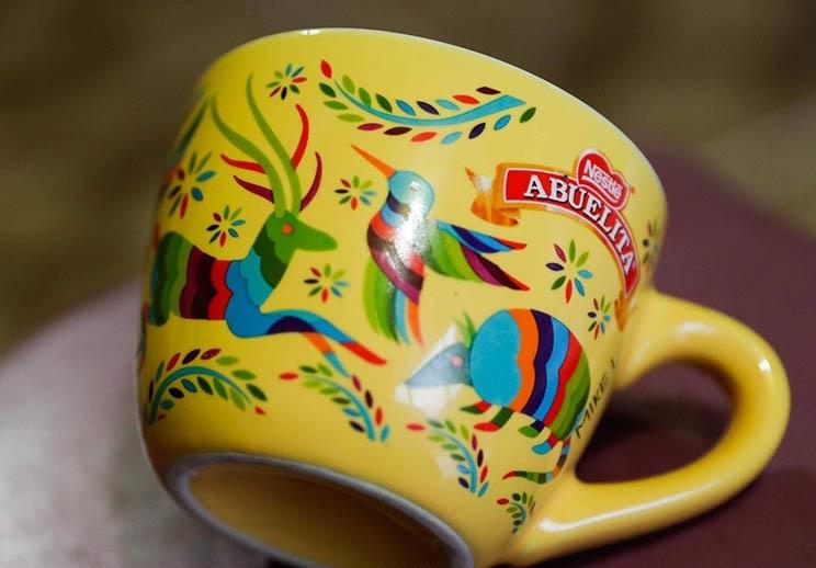 Artesanos demandan a Nestlé por plagio