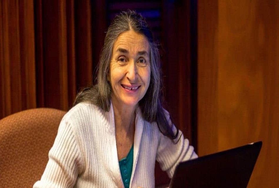 Eligen a Julia Carabias ganadora de la Medalla Belisario Domínguez