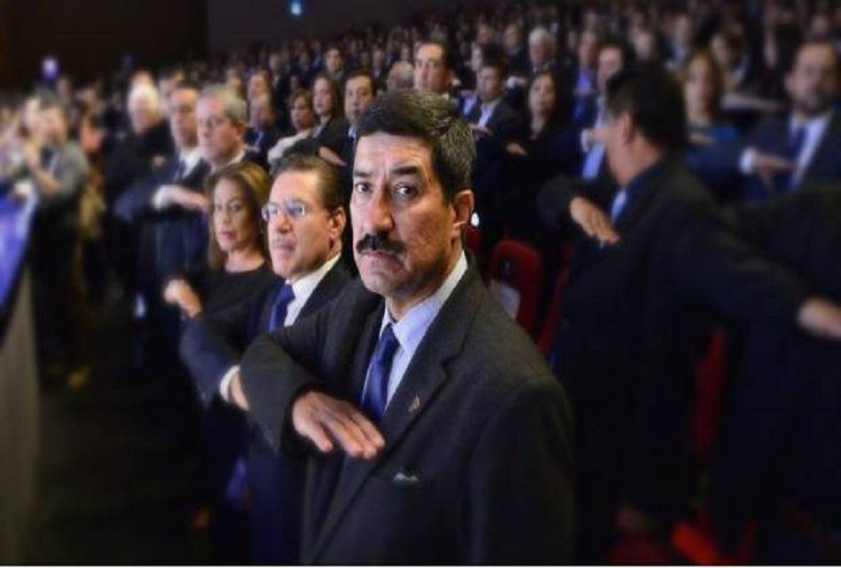 Legisladores del PAN y PRD respaldan a gobernador de Chihuahua