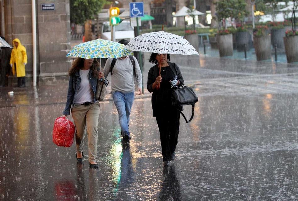Pronostican lluvias fuertes y bajas temperaturas por frente frío 25