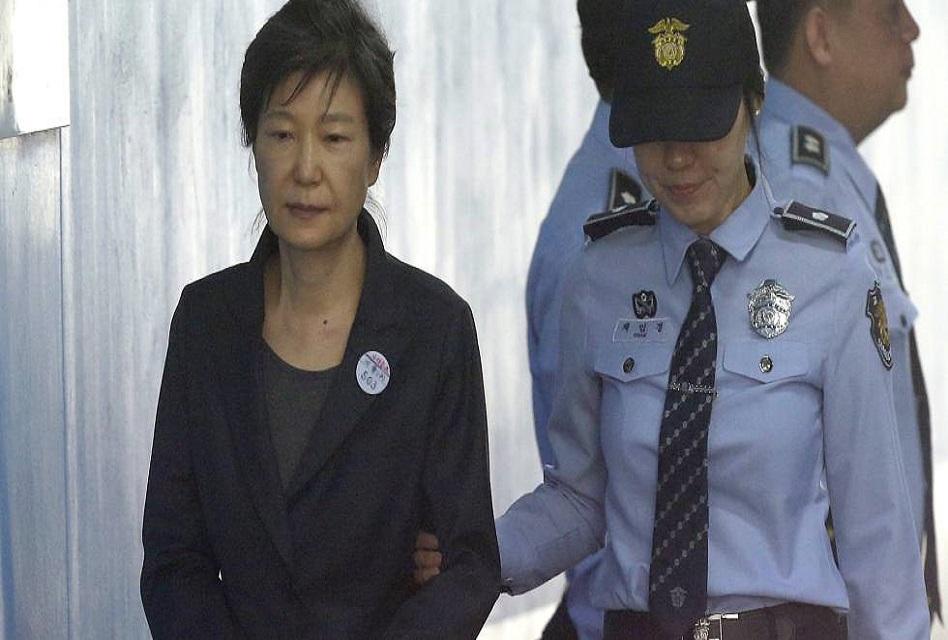 Fiscalía pide 30 años de prisión para la ex presidente surcoreana