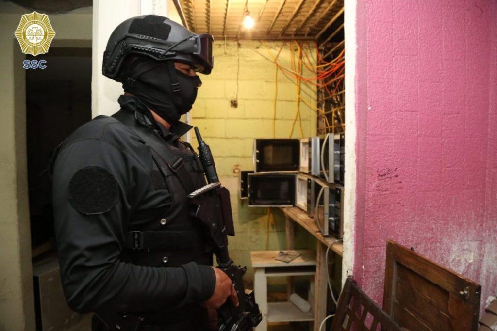 Se detuvieron a 36 personas, se encontró desde un narcotúnel, armas de alto calibre como lanzacohetes y laboratorios para elaborar metanfetaminas