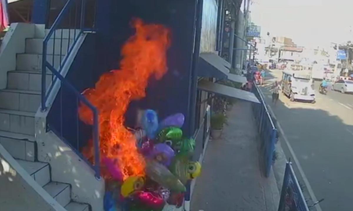 Le prenden fuego a vendedor de globos