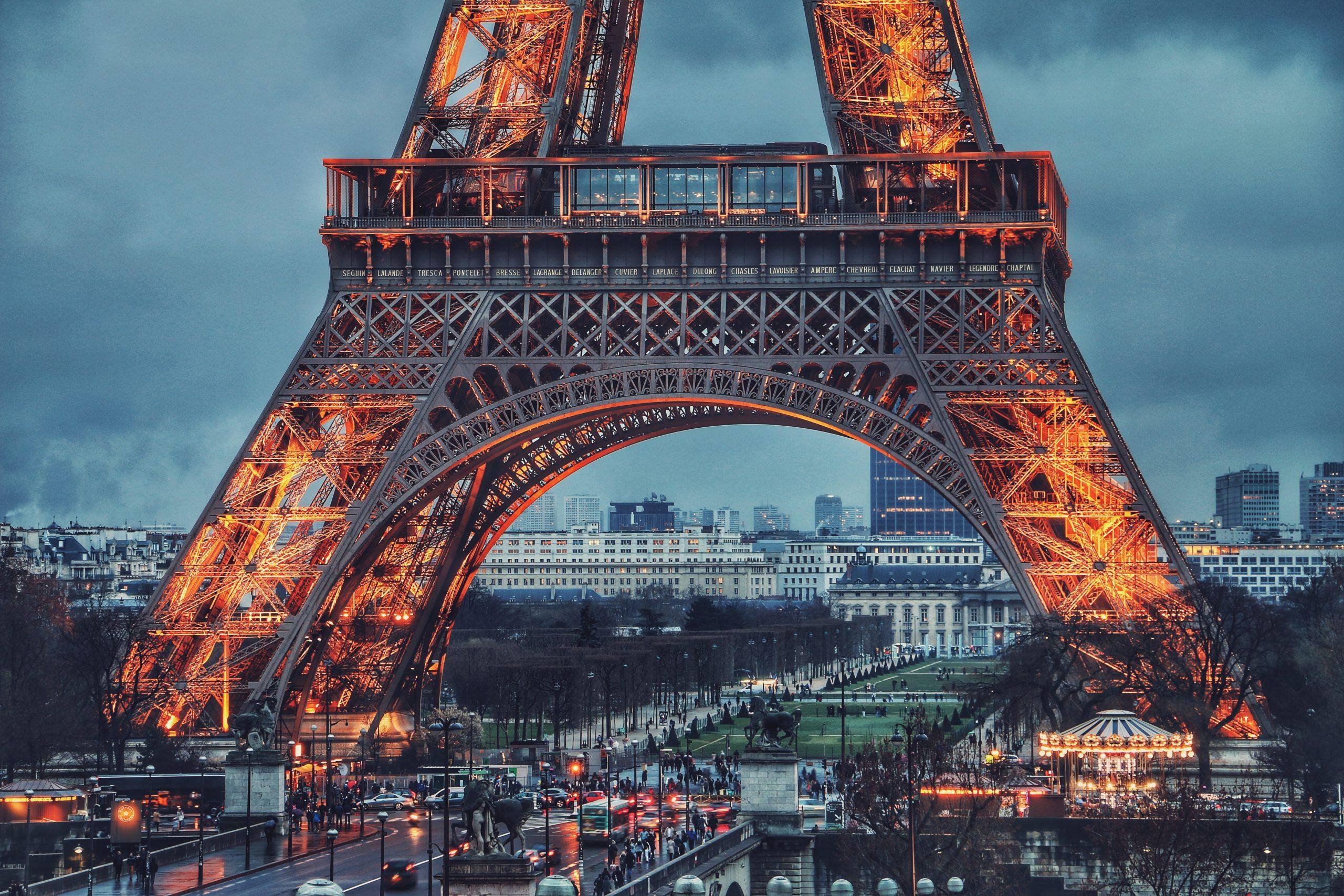 Francia supera los 2 millones de casos por covid-19