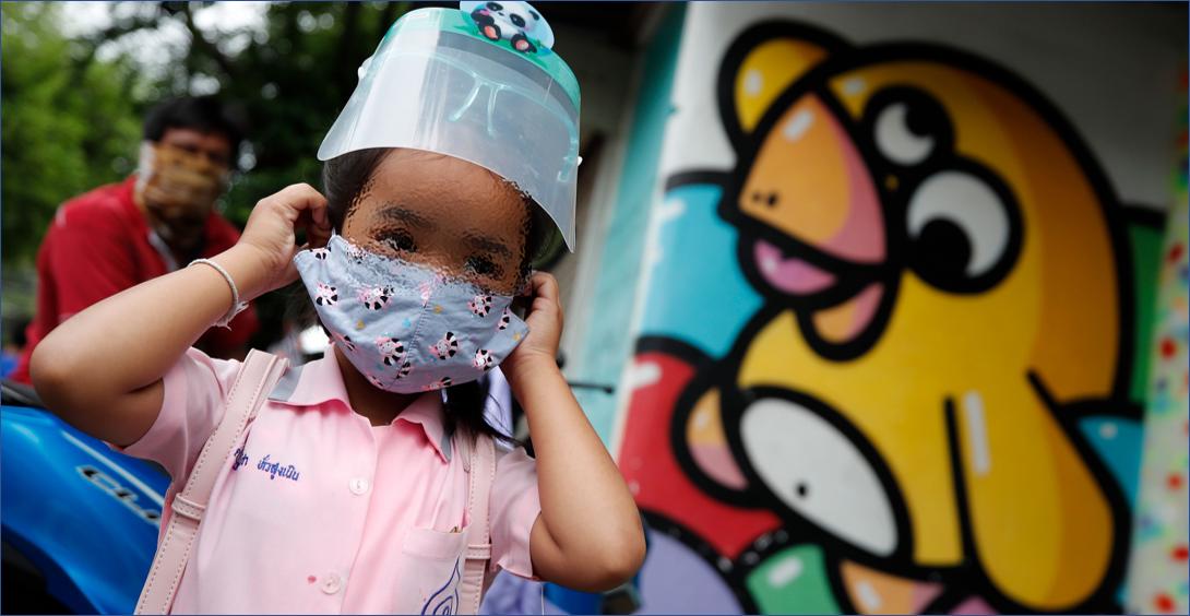 Investigan si la nueva cepa del coronavirus contagia más a los niños