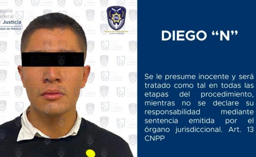 Diego Armando Helguera se entrega en las instalaciones de la Fiscalía capitalina